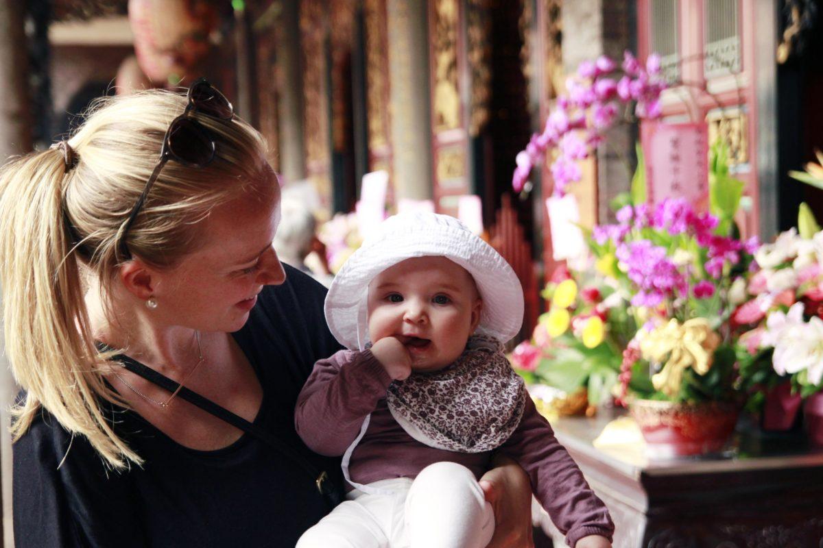 att resa med bebisar